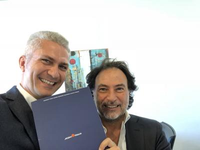 Da sinistra Marco Guaragnella direttore Marketing Jcom Italia Srl, Angelo PIazzolla CEO Re_View Spa